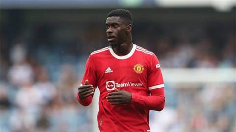 Aston Villa mượn được Tuanzebe từ Man United