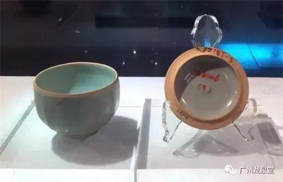 Chàng trai đào huyệt tìm thấy chiếc bình lá sen: Khi đội khảo cổ đến nơi, họ đã xới tung cả khu đất! - Ảnh 7.