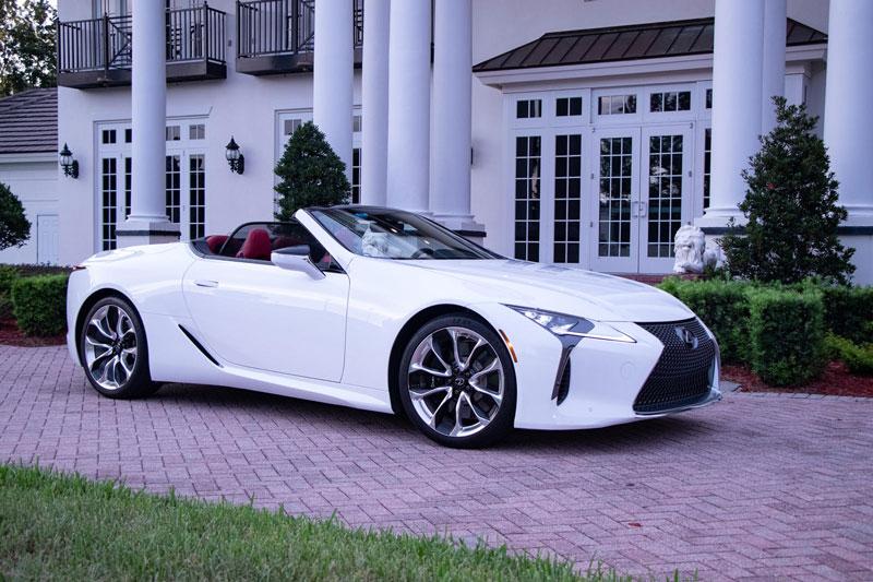 Lexus LC 500 Convertible 2021.