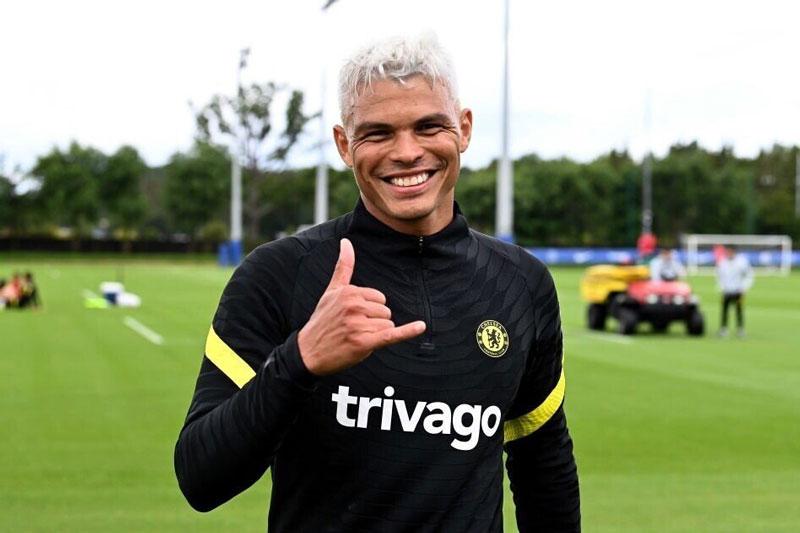 Trung vệ: Thiago Silva.