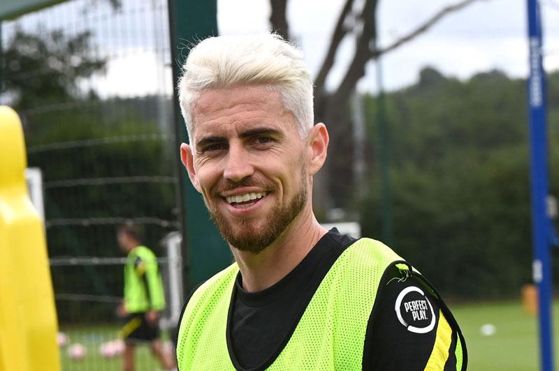 Tiền vệ: Jorginho.