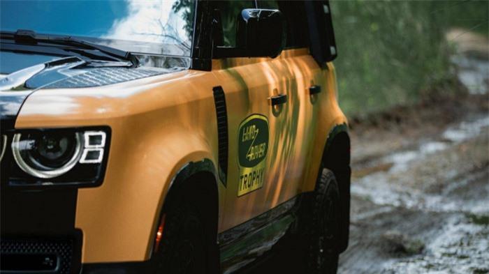 Cận cảnh Land Rover Defender Trophy đậm chất phiêu lưu 6