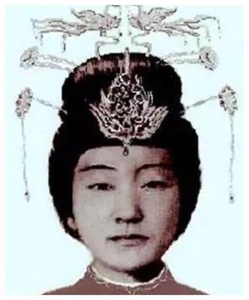 Khuôn mặt Trắc phi Ngô thị của Ninh Tịnh vương sau khi được khôi phục. Hình ảnh: Net Ease