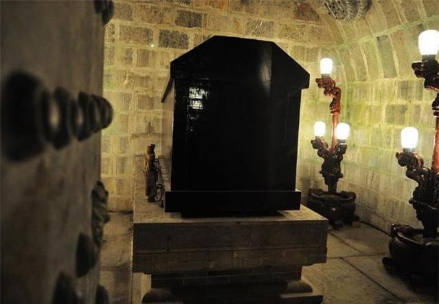 Con người sau khi chết chỉ cần 1 cỗ quan tài, vậy tại sao trong tang lễ của Bao Công lại xuất hiện đến 21 cỗ? - Ảnh 2.