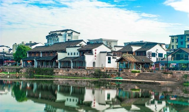 Phố cổ nổi tiếng nhất Giang Nam, được vua Càn Long cực kỳ yêu thích 4
