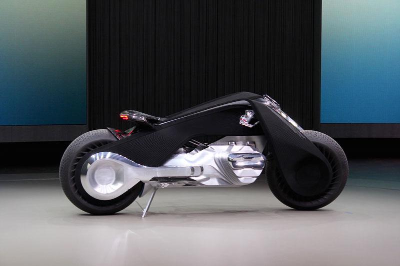 2. Motorrad Vision Next 100.