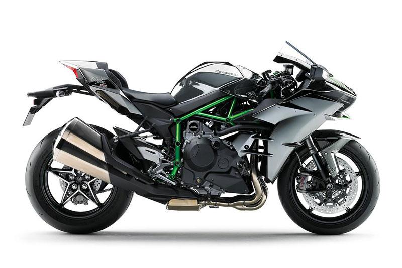 =6. Kawasaki Ninja H2 (thời gian tăng tốc từ 0-96 km/h: 2,6 giây).