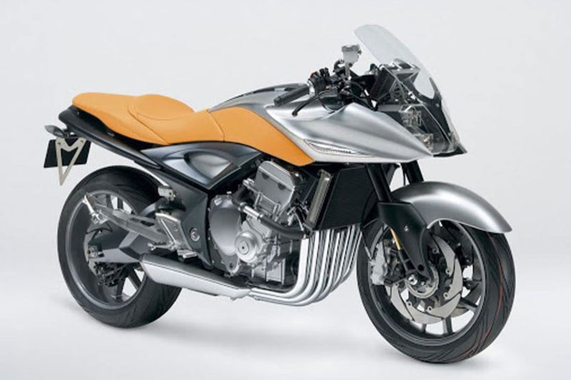 9. Suzuki Stratosphere.
