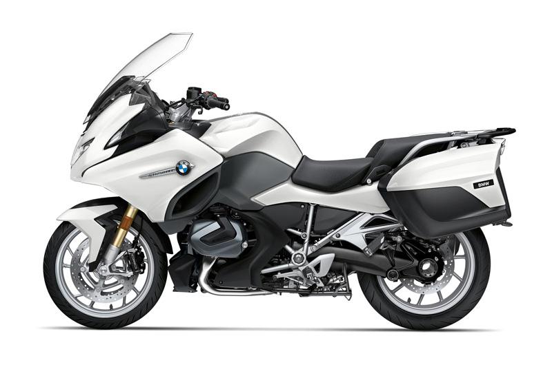 4. BMW R1250 RT 2021.