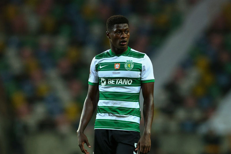 =9. Nuno Mendes (Sporting Lisbon, 19 tuổi, định giá chuyển nhượng: 40 triệu euro).