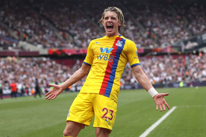 Tiền vệ phải: Conor Gallagher (Crystal Palace).