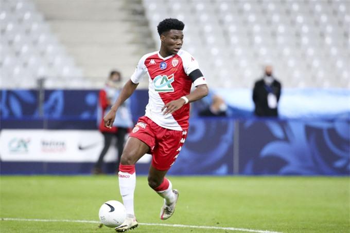 Tchouameni được ví như Kante mới của bóng đá Pháp