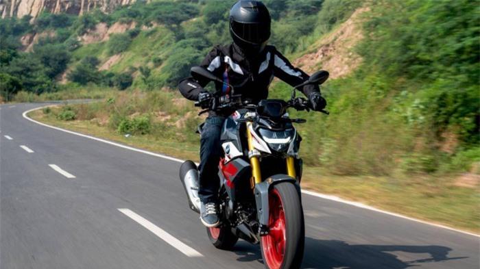 Cận cảnh mô tô thể thao BMW G 310 R 2021 giá 148 triệu đồng 1