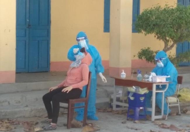 Tất cả tiểu thương các chợ trên địa bàn tỉnh Thừa Thiên Huế sẽ được test nhanh SARS-CoV-2.