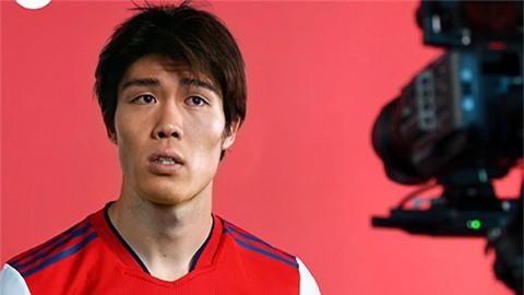 Arsenal chiêu mộ Tomiyasu từ Bologna