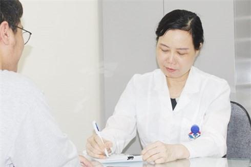 Cẩn trọng với bệnh viêm mũi dị ứng khi giao mùa