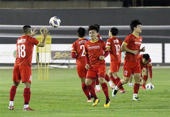HLV Park Hang Seo giảm khối lượng tập luyện để các cầu thủ có trạng thái hưng phấn trước trận đấu chính thức