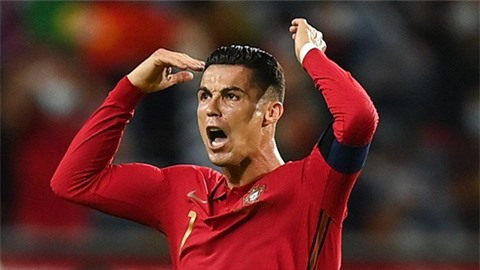 Nc247info tổng hợp: Ronaldo trở thành cầu thủ ghi bàn nhiều nhất