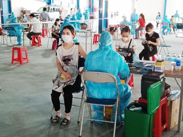 Triển khai tiêm vaccine cho công nhân trong các KCN trên địa bàn Đà Nẵng