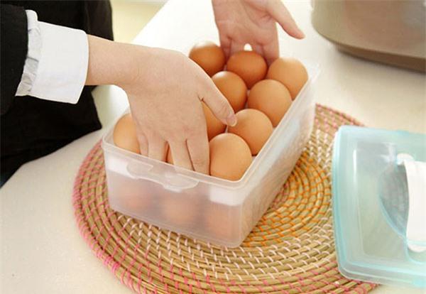 8 điểm lưu ý khi bảo quản trứng để tươi ngon, đảm bảo dinh dưỡng tại nhà: Thời hạn sử dụng của trứng thực sự rất ngắn, 99% mọi người đang lưu trữ sai cách - Ảnh 2.