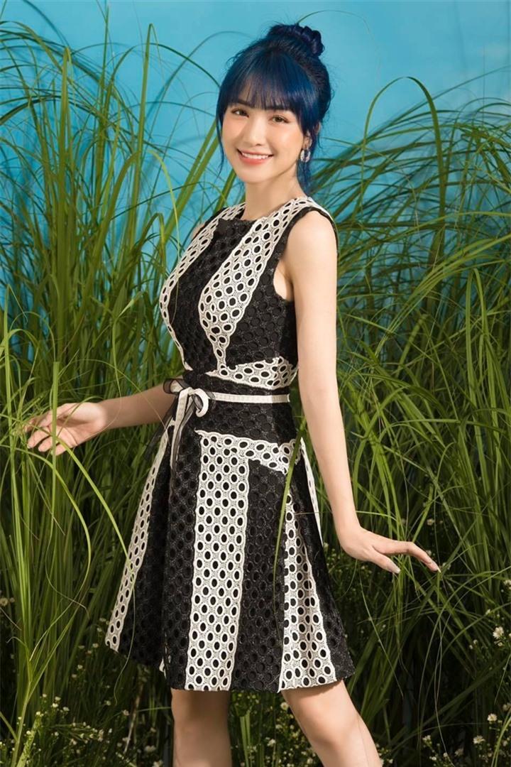 Không giảm cân hay dao kéo, Hòa Minzy lột xác nhờ thay đổi 1 điểm trên khuôn mặt - 4