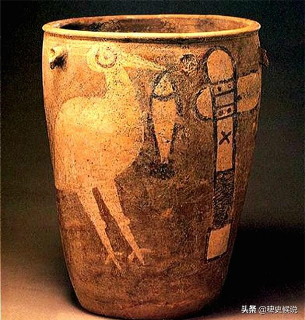 Anh cán bộ đào được 13 cái chum chứa xương người, cả gia đình kịch liệt bắt vứt bỏ: Cực quý hiếm, không được phép mang ra nước ngoài! - Ảnh 1.