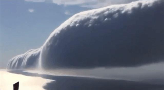 Sức mạnh của thiên nhiên đáng sợ đến mức nào? Cùng nhìn những bức ảnh chân thực ghi lại các thảm họa kinh hoàng trong lịch sử - Ảnh 8.