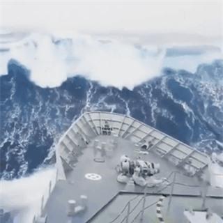 Sức mạnh của thiên nhiên đáng sợ đến mức nào? Cùng nhìn những bức ảnh chân thực ghi lại các thảm họa kinh hoàng trong lịch sử - Ảnh 9.