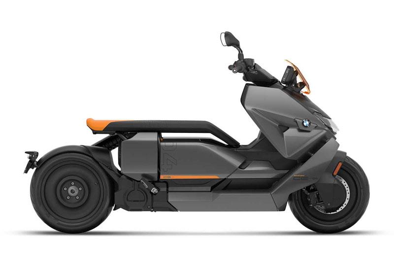 3. BMW CE 04 2022.
