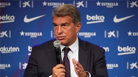 Chủ tịch Barca nói lời 'gan ruột' với Messi