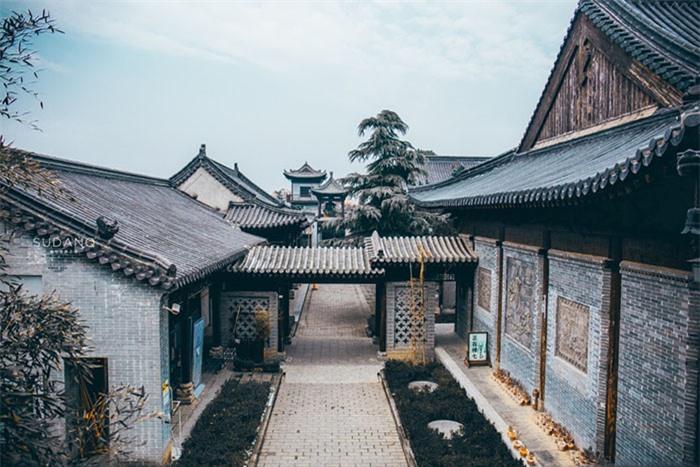 Ngôi chùa hàng nghìn năm tuổi bỗng dưng nổi tiếng chỉ vì loài cây này 10
