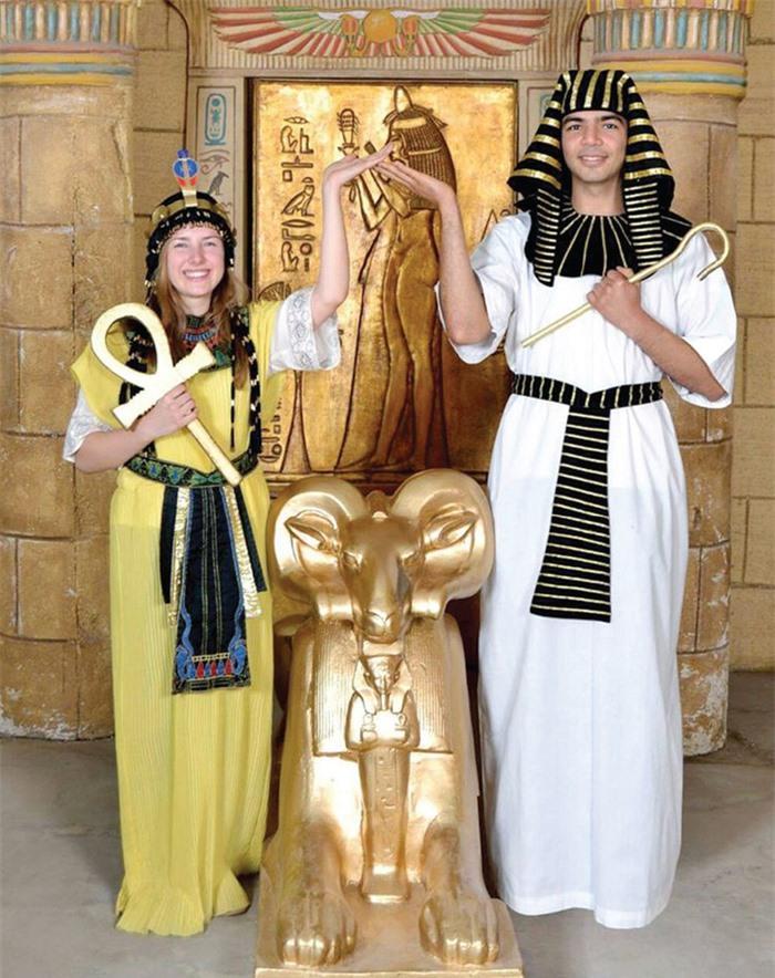 Hồi sinh đám cưới theo nghi lễ Ai Cập cổ đại - Ảnh 1.
