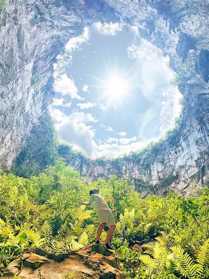 Khám phá vùng đất hoang sơ như thời tiền sử trong hố sụt Mèo Vạc – Hà Giang, phiên bản mini của kì quan hang động Sơn Đoòng - Ảnh 2.