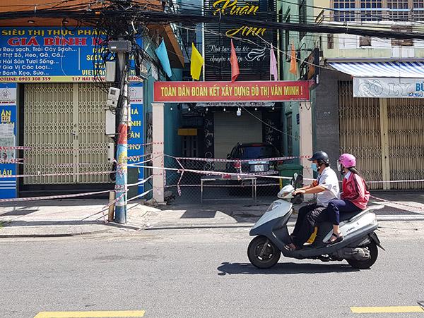 Kiệt 217 Hải Phòng (phường Tân Chính, quận Thanh Khê) có nguy cơ trở thành điểm nóng mới trên địa bàn Đà Nẵng về tình trạng lây nhiễm chéo trong các kiệt, hẻm