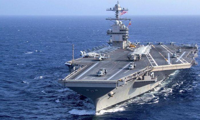 Hàng không mẫu hạm tương lai của hạm đội Mỹ mang số hiệu CVN-81 và tên định danh Doris Miller nhằm tưởng niệm một thủy thủ da đen của Hải quân Mỹ - người từng phục vụ trên thiết giáp hạm West Virginia vào năm 1941.