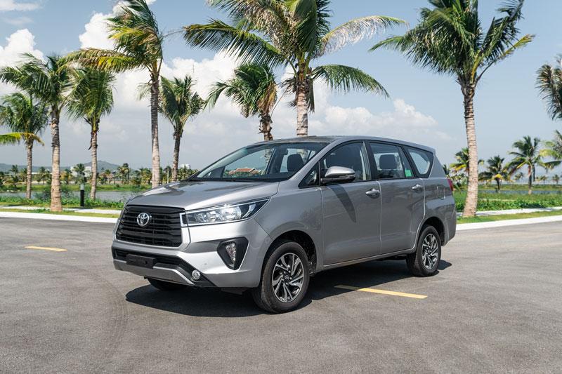 8. Toyota Innova (doanh số: 10 chiếc). Ảnh: TMV.