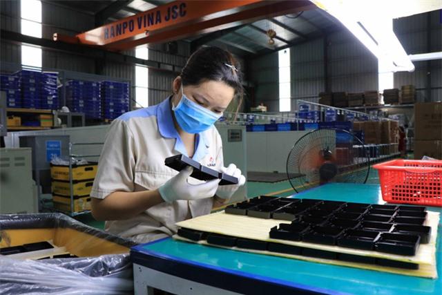 Doanh nghiệp Việt chạy nước rút cuối năm - Ảnh 1.