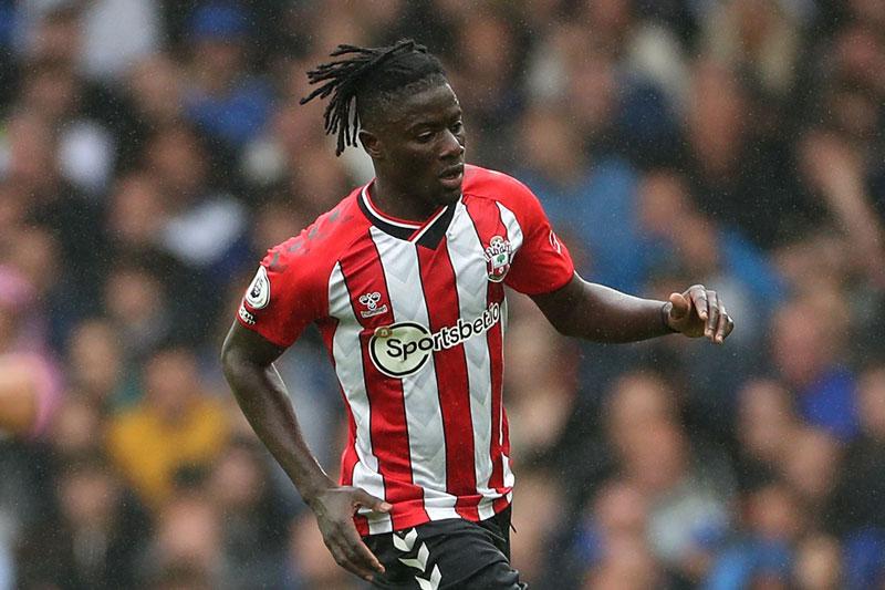 Trung vệ: Mohammed Salisu (Southampton).