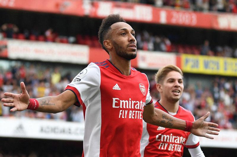Tiền vệ phải: Pierre-Emerick Aubameyang (Arsenal).