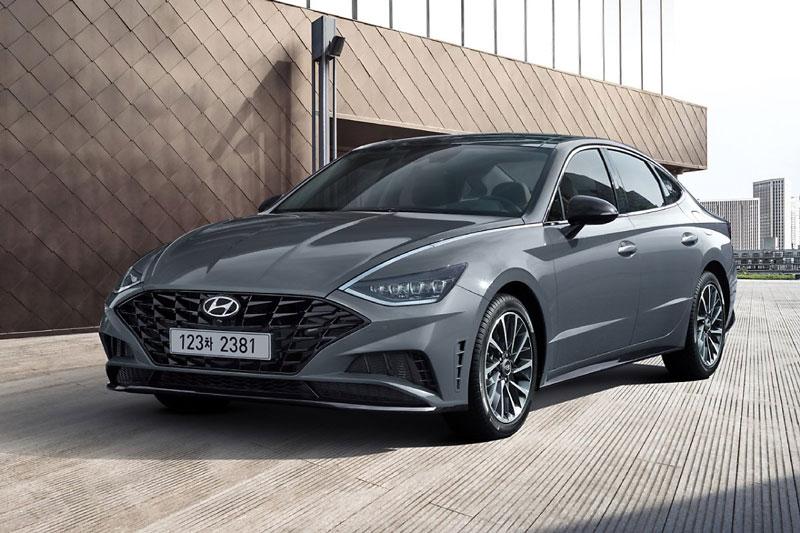 8. Hyundai Sonata (doanh số: 36.069 chiếc, chiếm 3,4% thị phần).