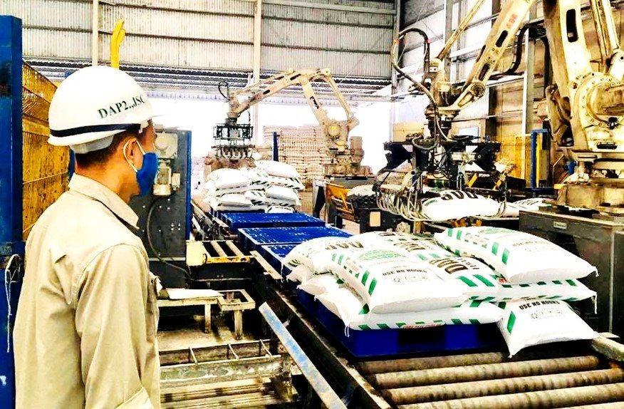 Công ty cổ phần DAP số 2 – Vinachem nỗ lực duy trì sản xuất, kinh doanh trong đại dịch.
