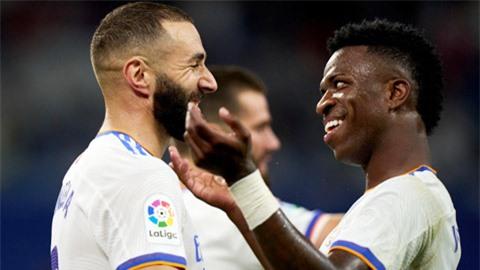 Real Madrid: Đã có Vinicius và Benzema, sao phải vội mua Mbappe?