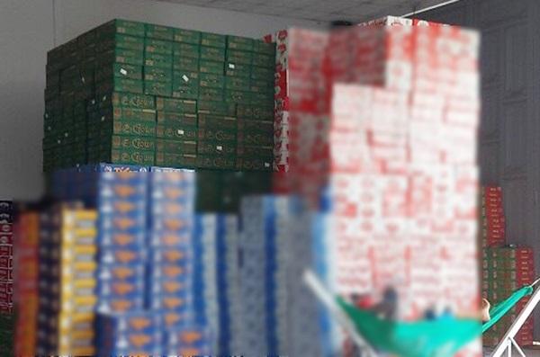 Tạm giữ 586 thùng bia nhãn hiệu Crown không có hóa đơn chứng từ hợp pháp.