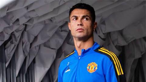 Ronaldo cân bằng thành tích của Casillas ở trận Young Boys vs Man United