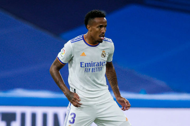 Trung vệ: Eder Militao (Real Madrid).