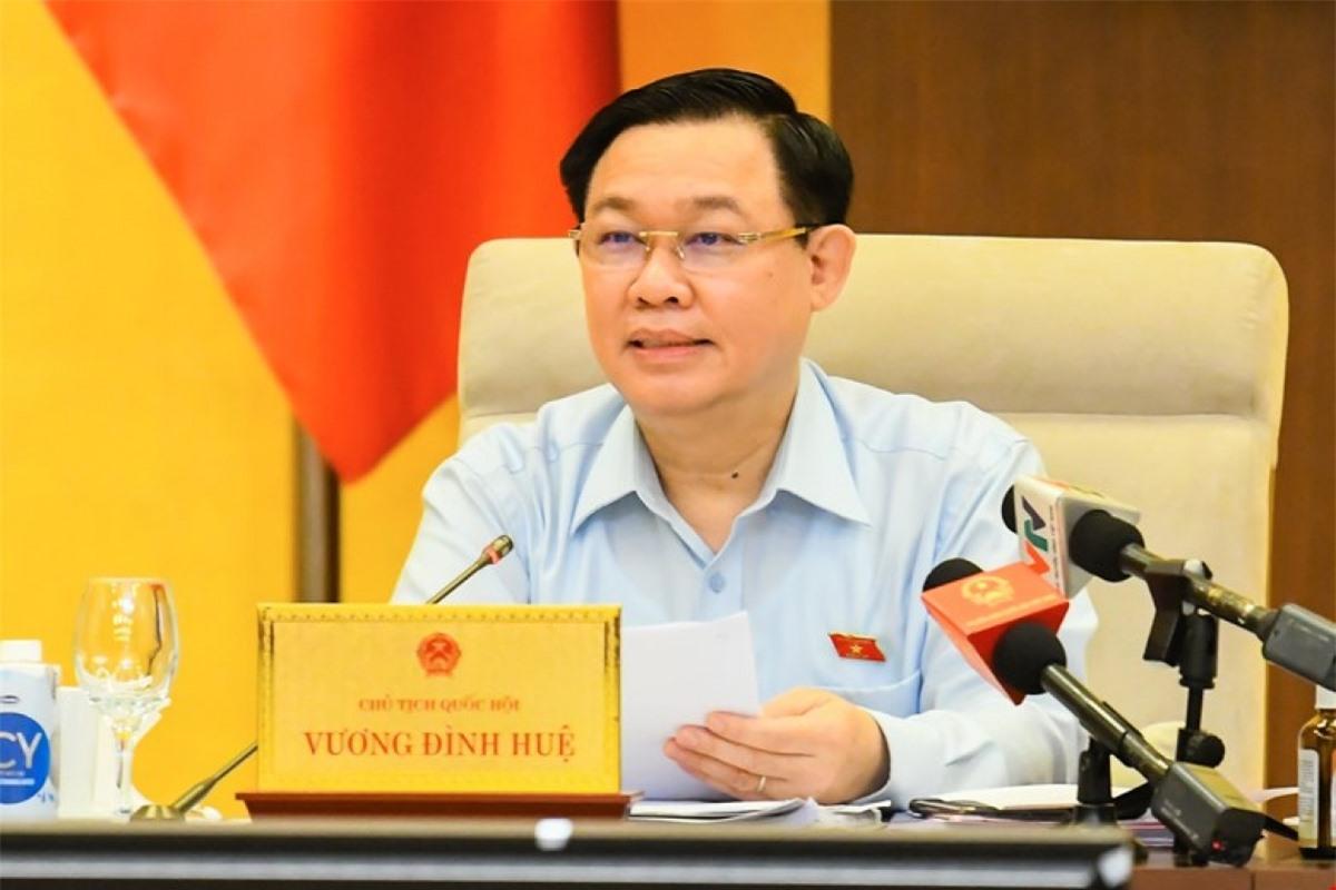 Chủ tịch Quốc hội Vương Đình Huệ phát biểu tại phiên làm việc sáng 16/9. Ảnh: Quốc hội