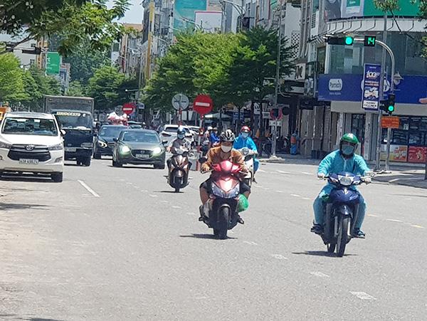 """Đường phố Đà Nẵng đang dần lấy lại khí sắc với ngày càng nhiều xã, phường đạt chuẩn """"vùng xanh"""""""