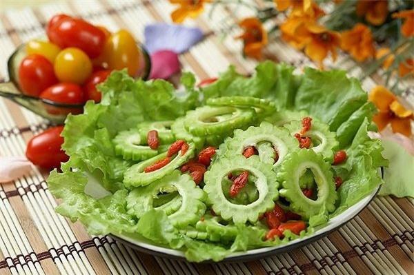 nhung-nguoi-dai-ky-tuyet-doi-khong-an-muop-dang-vi-cuc-doc-2-1562914176-793-width600height399