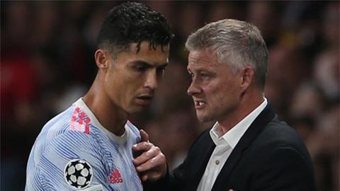 'Ronaldo mang đến nhiều vấn đề cho MU hơn là lợi ích'