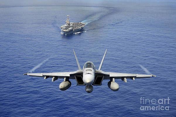 Đặc biệt, F/A-18E/F đã chứng minh được sức mạnh trong hầu hết các cuộc chiến Mỹ phát động những năm gần đây. Trong khi đó, lần thực chiến gần đây nhất của MiG-29K là trên chiến trường Syria. Không thể hiện được gì nhiều trên chiến trường nhưng đã có tới 2 chiếc gặp nạn ngoài khơi Syria.